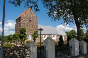 Assing Kirke set fra Syd. Foto: (c)2013 Flemming B. L. Johannesen