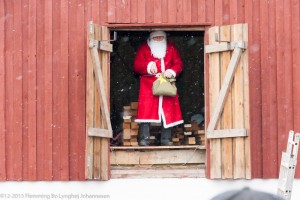 Kibæk Mølle - Julemanden er blevet vækket Foto: Flemming B. L. Johannesen